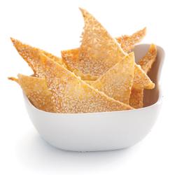 crispy-sesame-wonton-chips