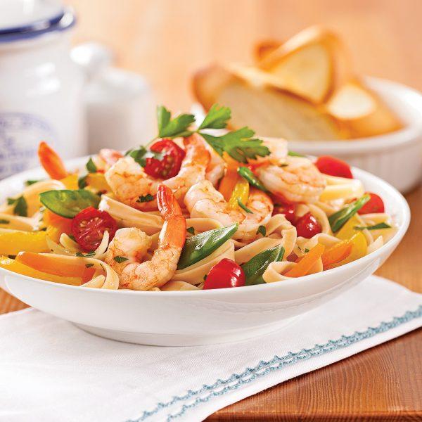 Fettucines aux crevettes et légumes