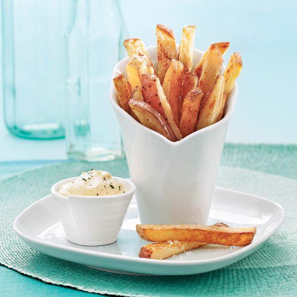 En étapes: réussir des frites croustillantes sans friture