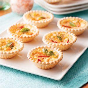 Mini-quiches sans gluten aux tomates séchées et cheddar fort