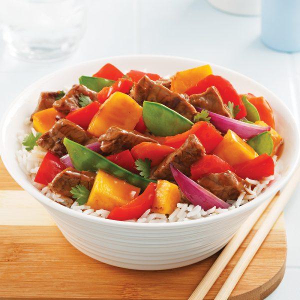 Sauté au boeuf, légumes et mangue
