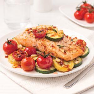 Filet de saumon et légumes en papillote