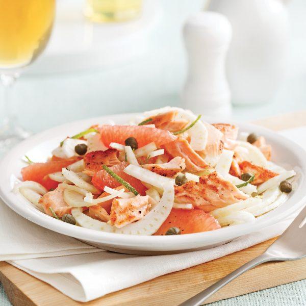 Salade de saumon grillé, fenouil et pamplemousse rose