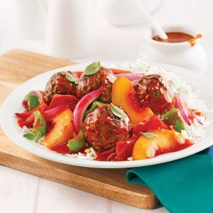 Boulettes caramélisées aux légumes, sauce barbecue aux pêches