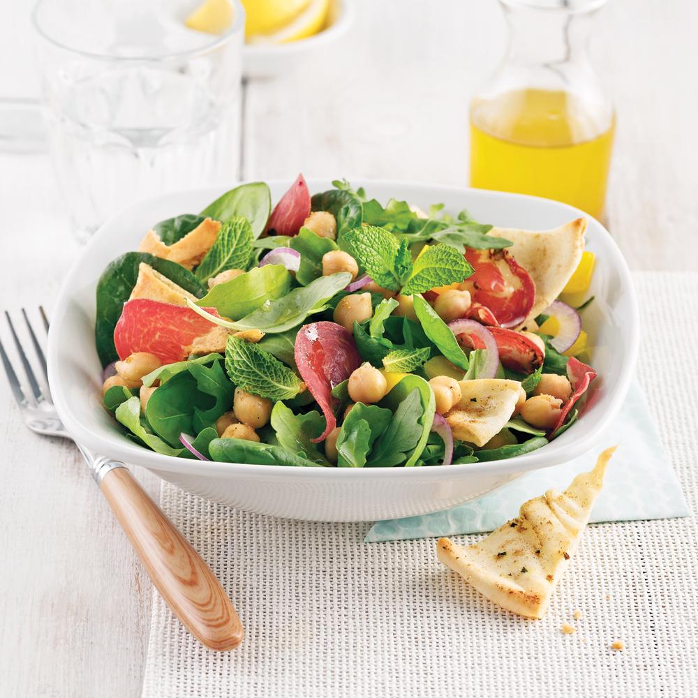Salade de pois chiches au prosciuttini et pitas grillés