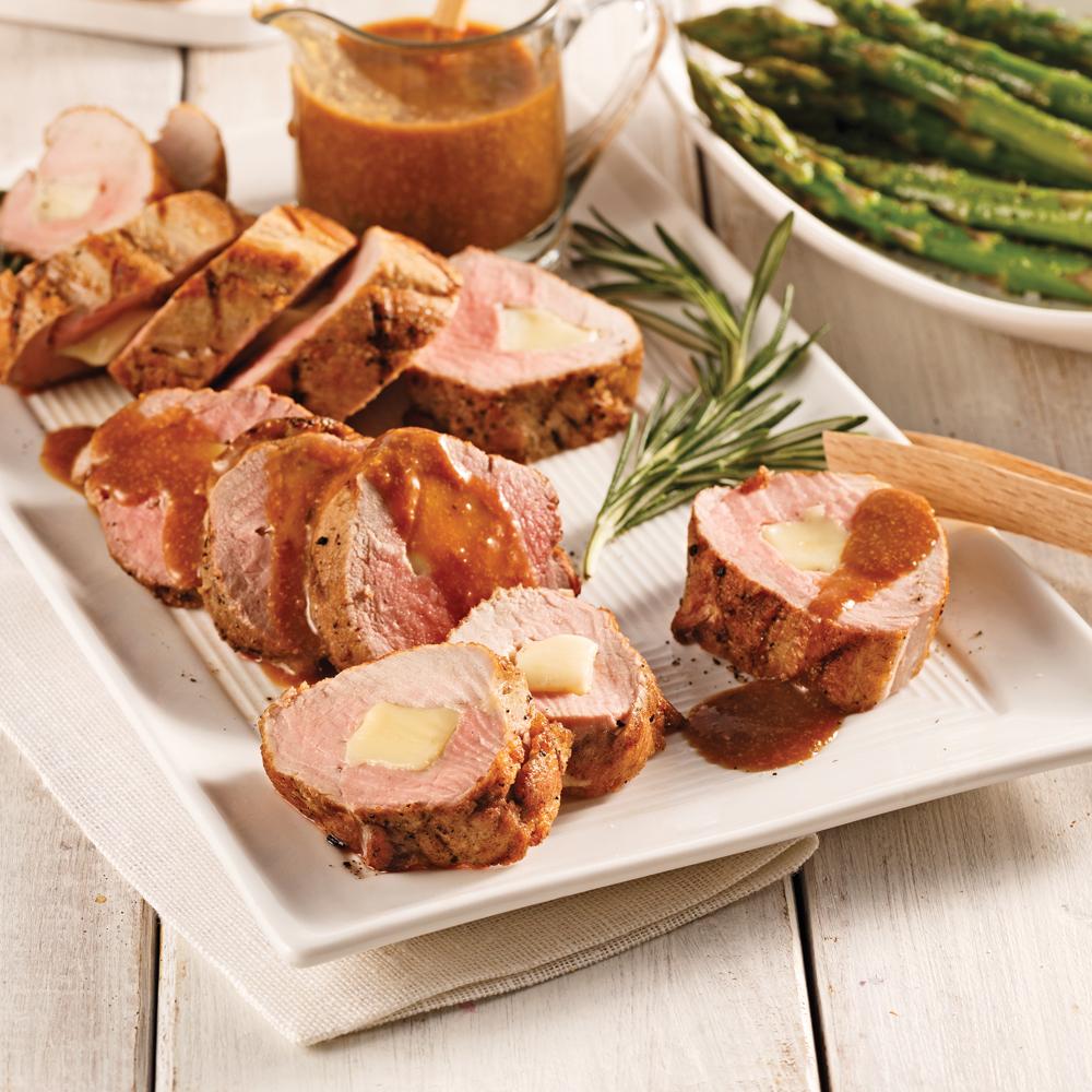 Filet de porc mariné et farci, sauce moutarde à l'ancienne à l'ail