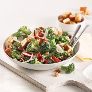 Salade de brocoli à la César