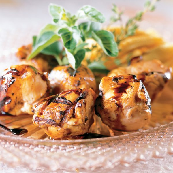 Brochettes de poulet, sauce érable et balsamique