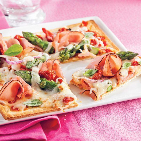 Pizzas fines jambon et asperges
