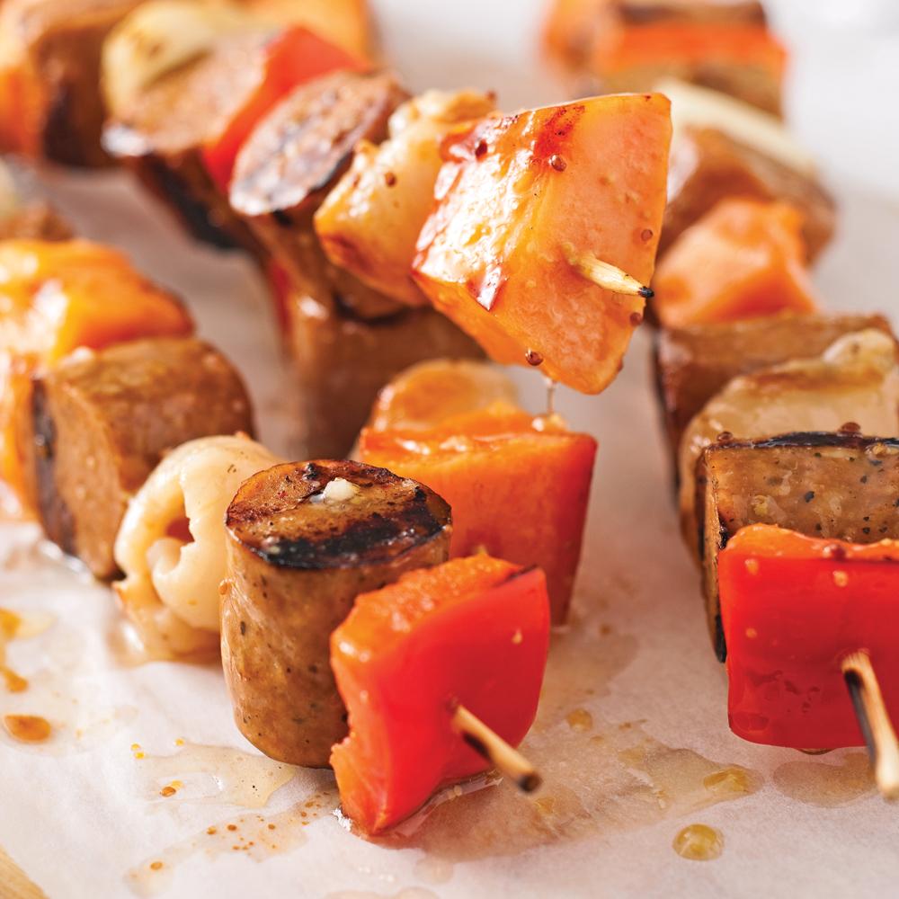 Brochettes de saucisses aux litchis et papaye faciles