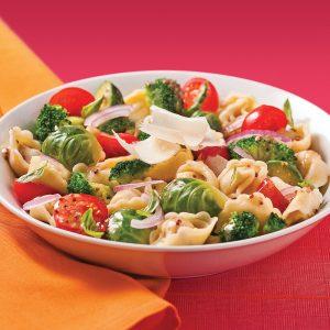 Salade de tortellinis aux légumes