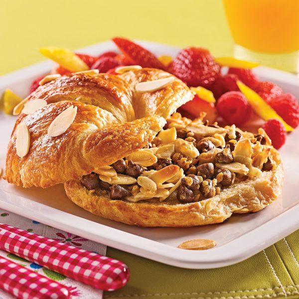 Croissants au chocolat, amandes et érable