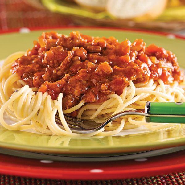 Spaghetti, sauce à la viande et aux légumes