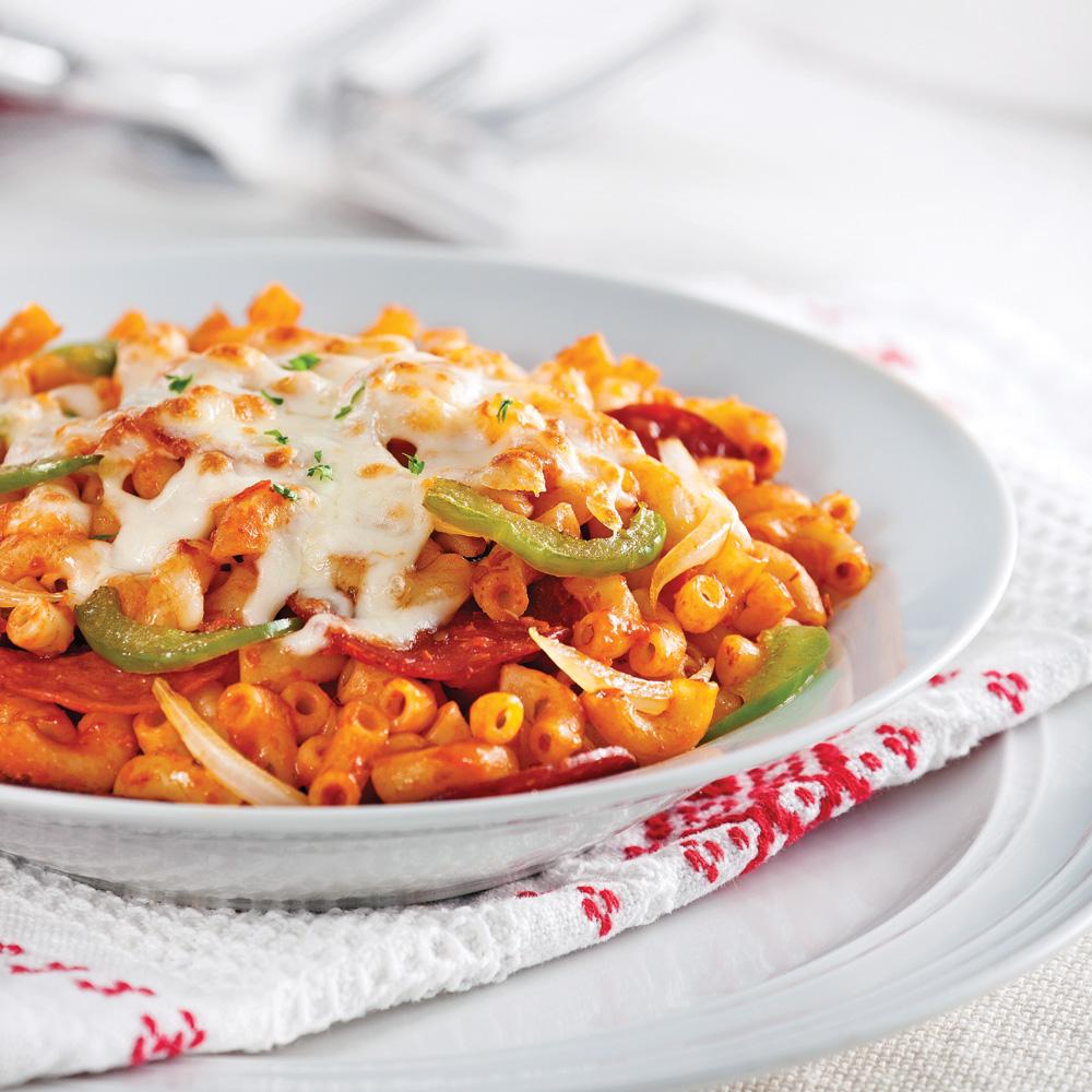 Macaroni style pizza