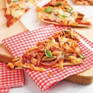 Pizzas champignons, pancetta et fromage suisse