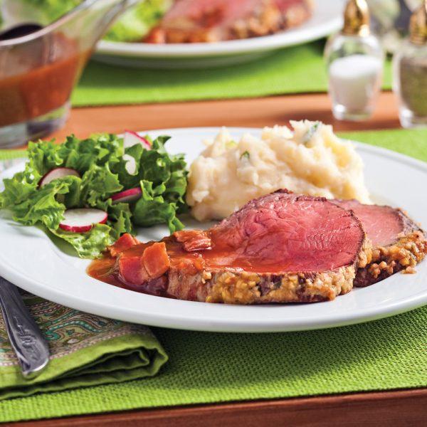 Rôti de boeuf, sauce au bacon et porto