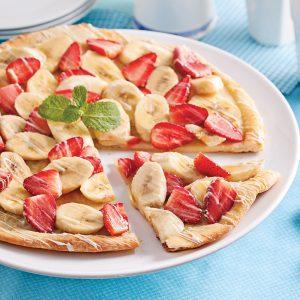 Pizza fraises, bananes et chocolat blanc