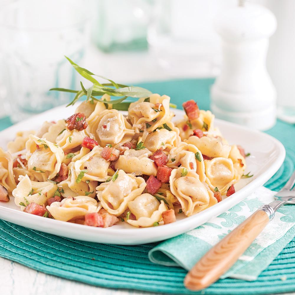 Tortellinis à la pancetta, fines herbes et parmesan
