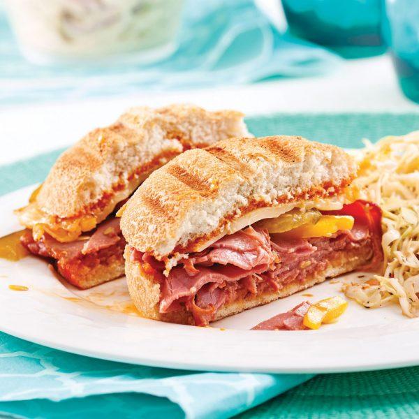 Sandwichs grillés à la viande fumée