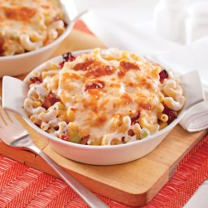 Macaroni au fromage, céleri et bacon