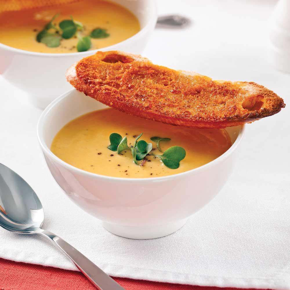 Potage de rabioles et carottes au lait de coco