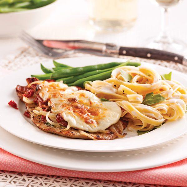 Escalopes de veau aux tomates séchées et fromage fondu
