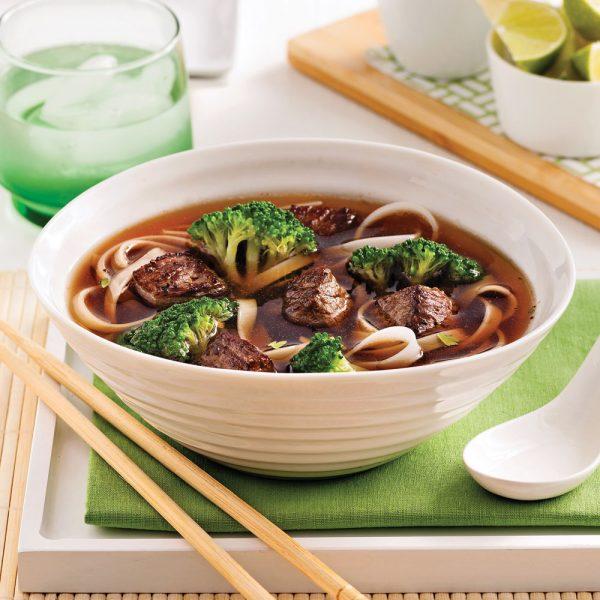 Soupe-repas au boeuf et nouilles