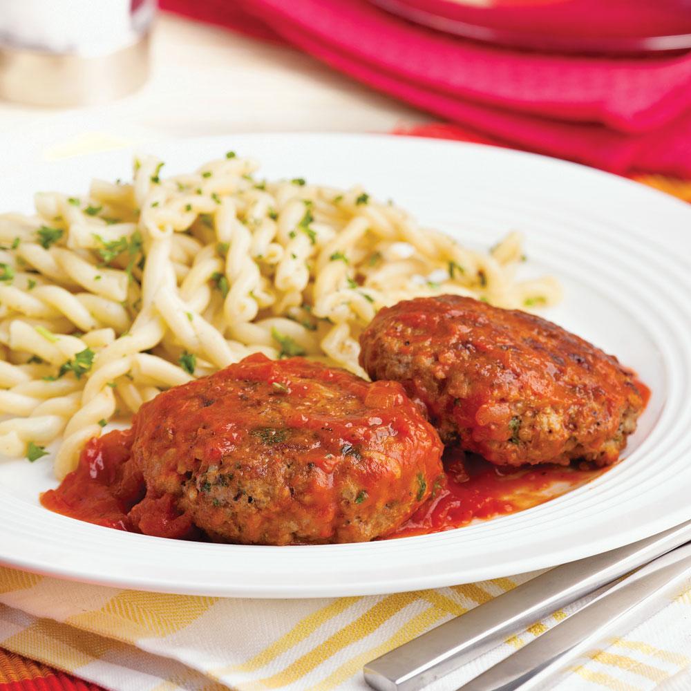 Galettes de bœuf à la sauce tomate