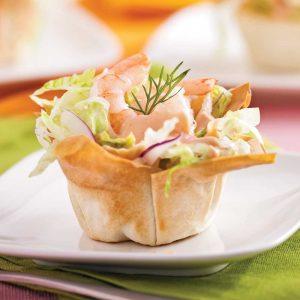Coupelles de crevettes en salade