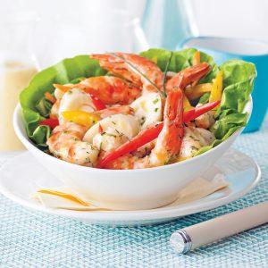 Salade exotique aux crevettes et poivrons