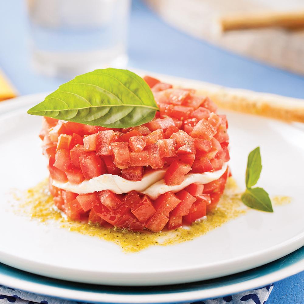 Tartare de tomates, mozzarina et pesto
