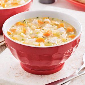 Soupe au poulet rôti et riz