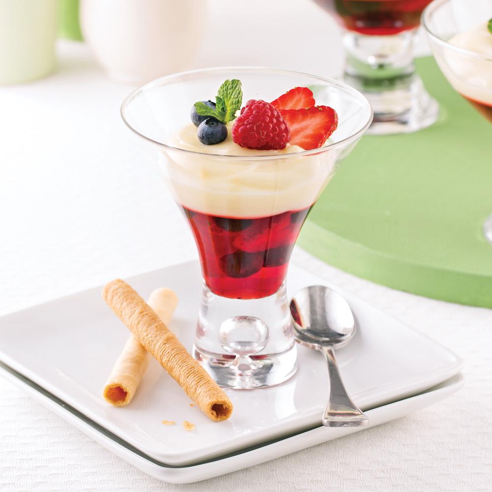 Verrines aux petits fruits et pouding à la vanille