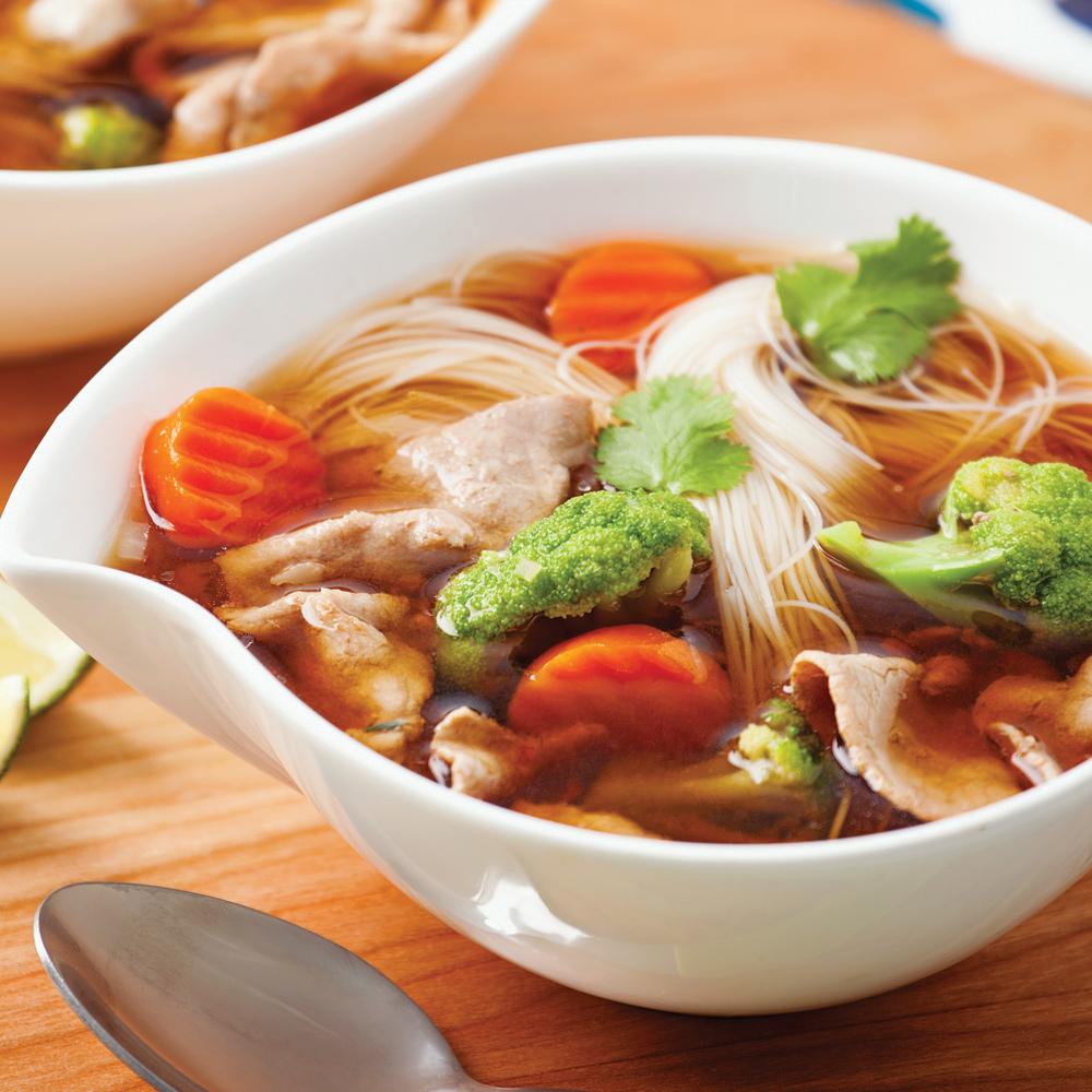 Soupe asiatique au boeuf et légumes