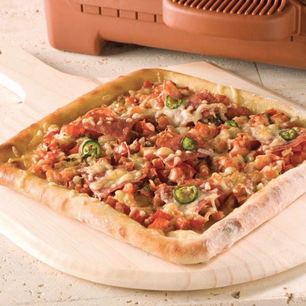 Pizza épicée au salami