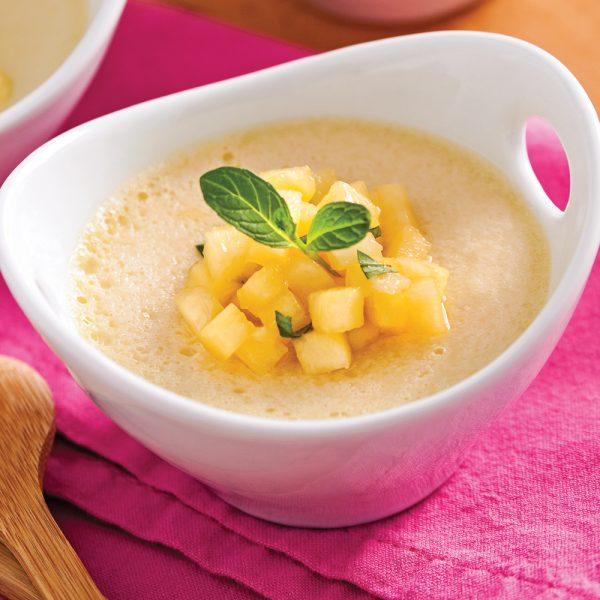 Flan à la noix de coco et salsa d'ananas