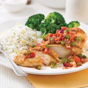 Poitrines de poulet et salsa en papillote