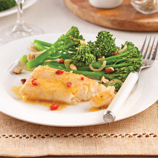 Filets de poisson aux épices et beurre citronné