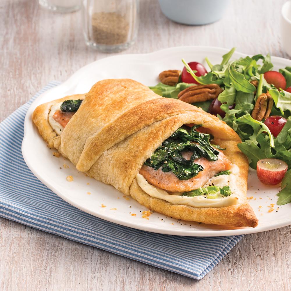 Croissants à la truite, épinards et fromage à la crème