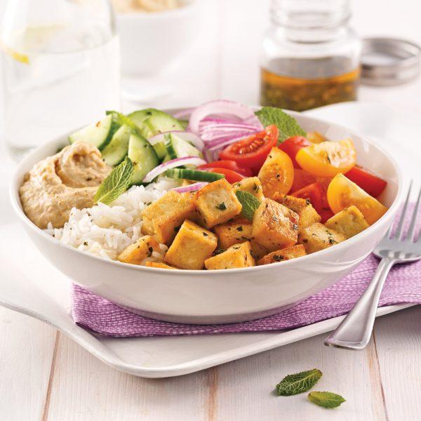 Salade de riz au tofu style Poke Bowl