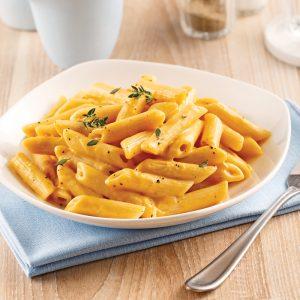 Pennes, sauce crémeuse au parmesan et courge Butternut