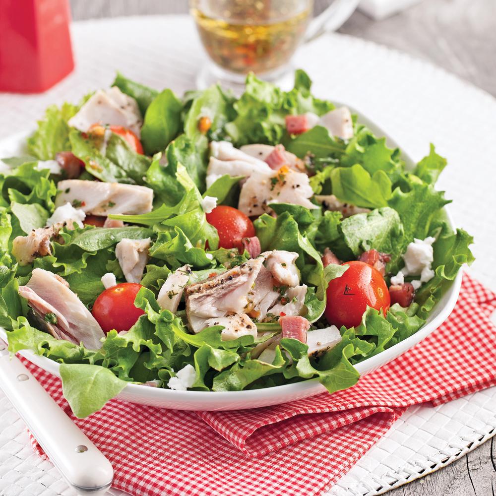 Salade de poisson, pancetta et légumes