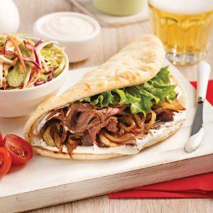 Sandwich chaud au boeuf