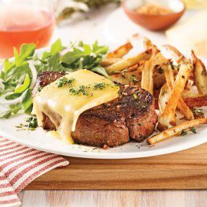 Filet mignon au fromage et épices à steak