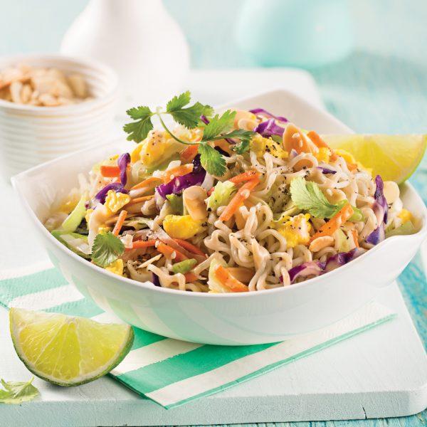 Sauté de nouilles ramen à la salade de chou