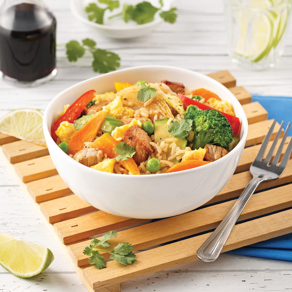 Riz frit au porc et légumes