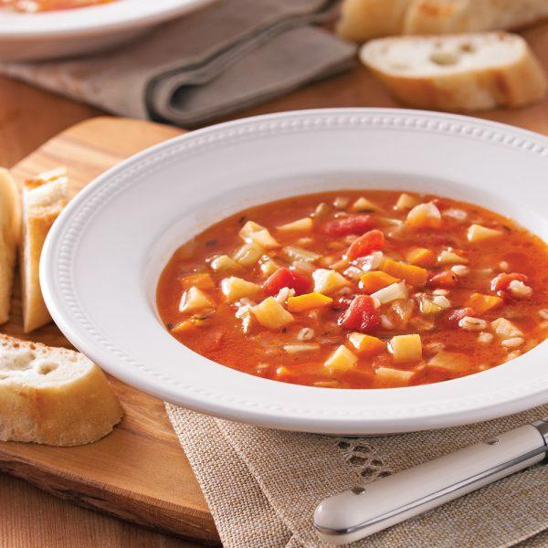 Soupe aux légumes, poulet et orge