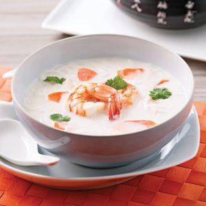 Soupe au lait de coco et crevettes