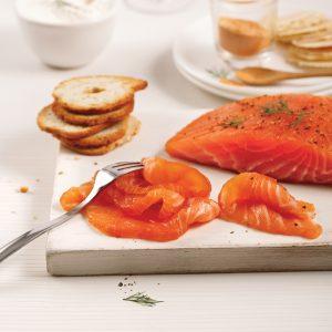 Gravlax de saumon à l'érable, poivre et chipotle