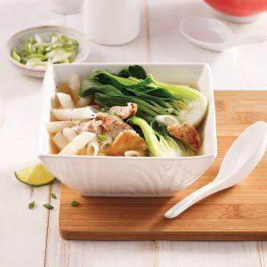 Soupe chinoise au poulet et bok choys